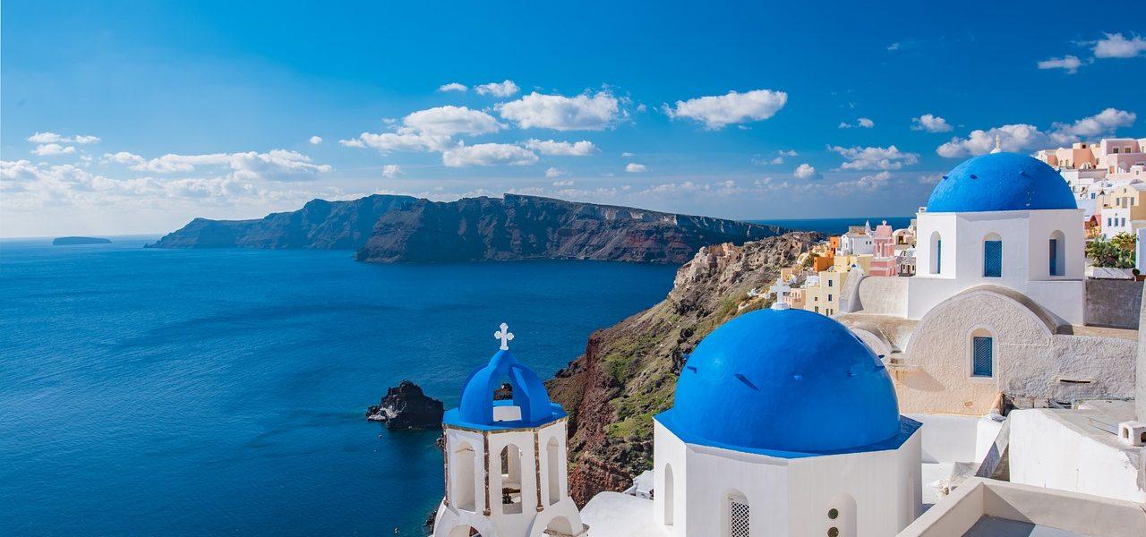 5 fun things to do in Santorini