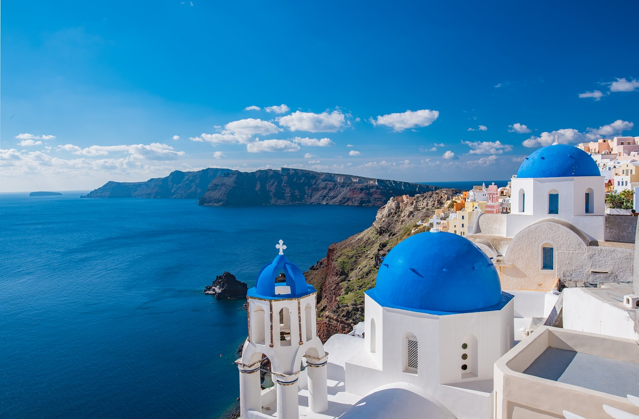 5 fun things to do in Santorini